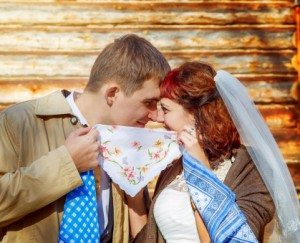 Что подарить на 1 годовщину свадьбы
