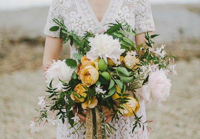 Естественный букет невесты