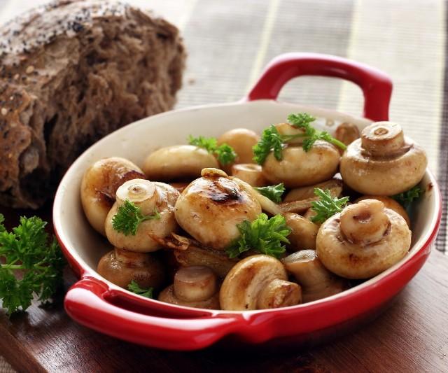 Салаты с грибами на постном столе