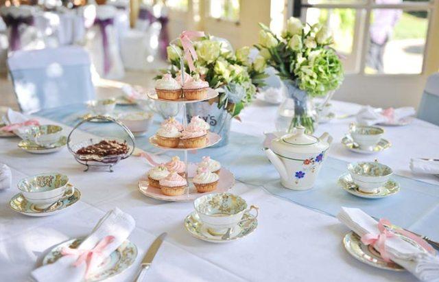 Чайный стол на свадьбе