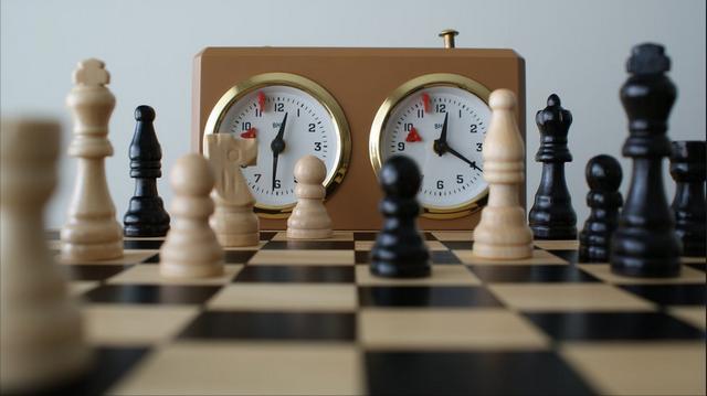 Игра на время в шахматы