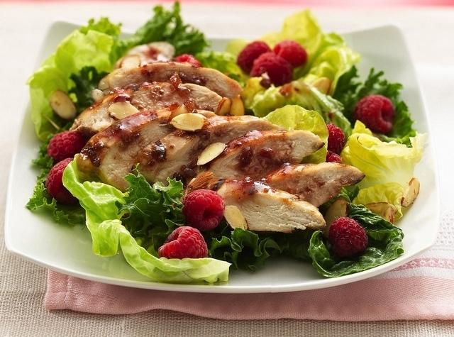 Мясные блюда с малиной или крыжовником
