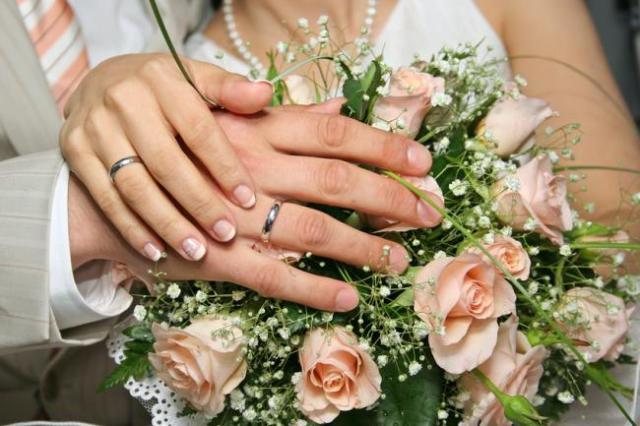 Букет на стальную свадьбу любимой жене