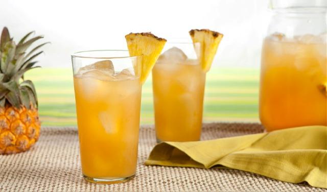 Коктейль ром с ананасовым соком