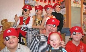 Сценарий пиратской вечеринки для детей 7, 8, 9 лет
