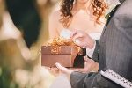 Учимся дарить свадебные подарки