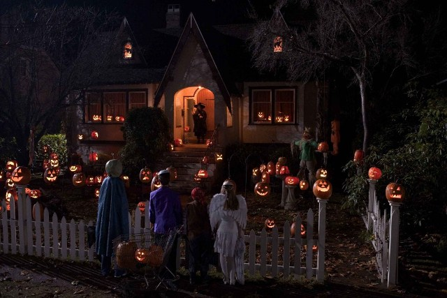 Гадания, приметы и ритуалы на Хэллоуин