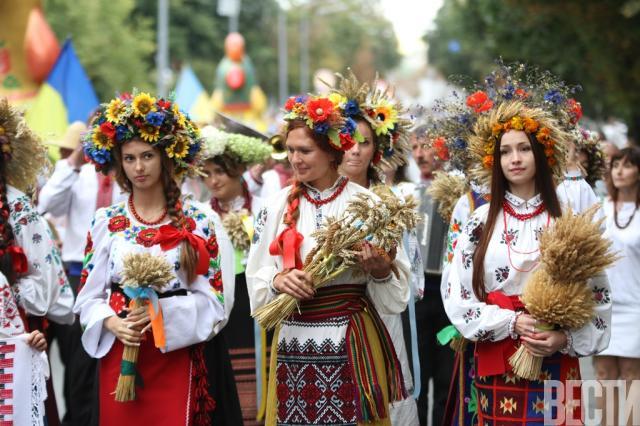 Украинские вышиванки на пасху