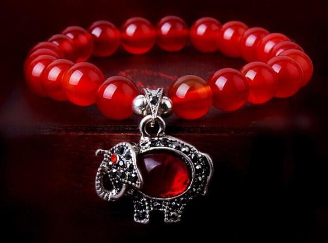 Красный агат