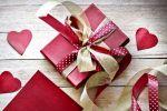 Выбираем необычные подарки для девушек