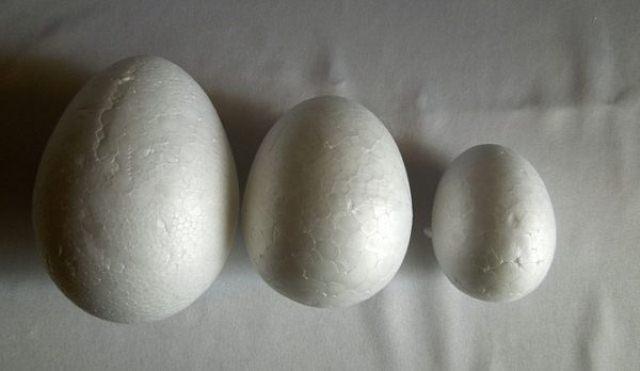 Пенопластовое яйцо