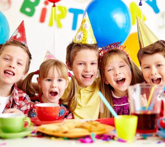 Где можно отметить День рождения ребенка 10 лет: новые форматы праздника
