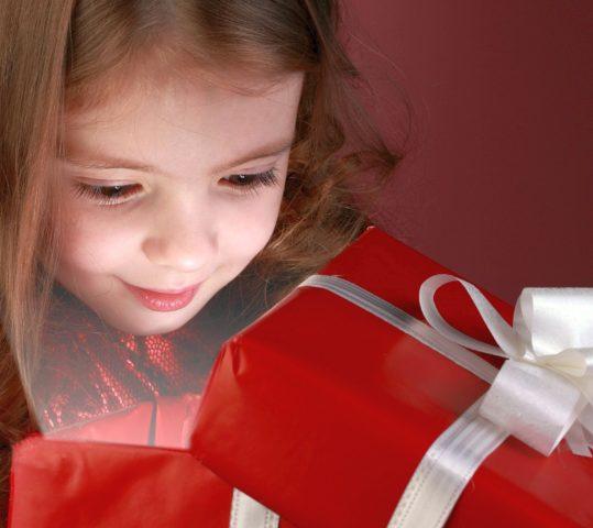 Что подарить на 10 лет: подарки дочке, племяннице, подруге, крестнице на День рождения