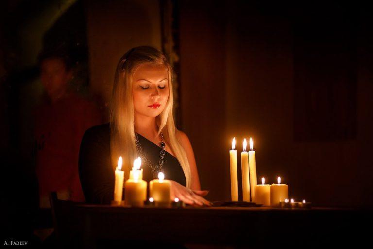 Как гадать в ночь на Крещение: на суженого, деньги, любовь