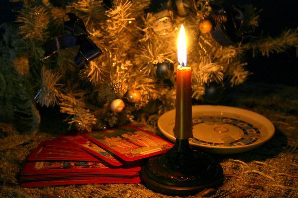 Как гадать в ночь на Старый Новый Год, чтобы узнать свое будущее и суженого