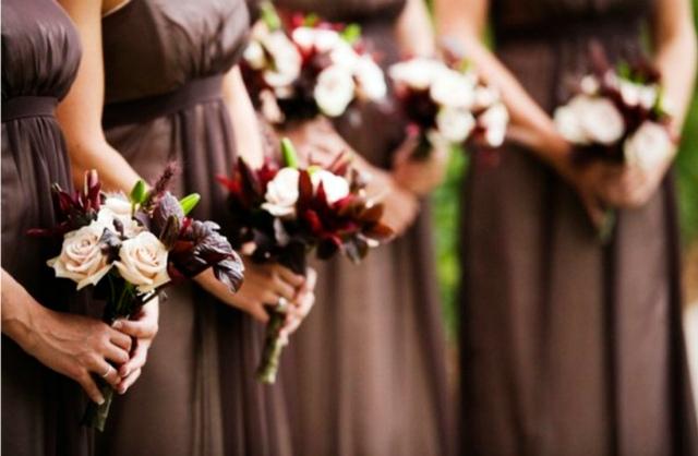 Подруги невесты на смуглой свадьбе