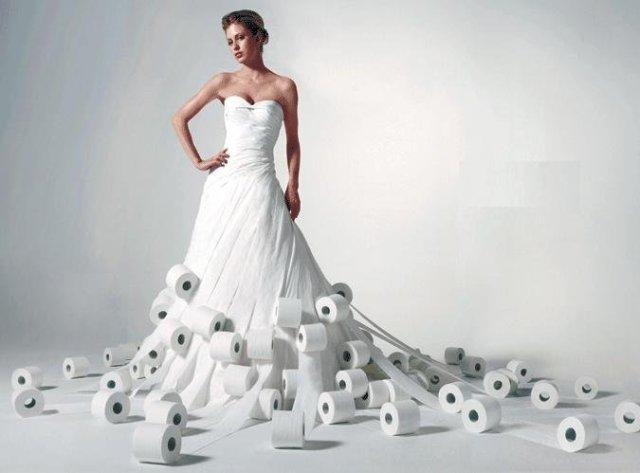 Бумажное платье