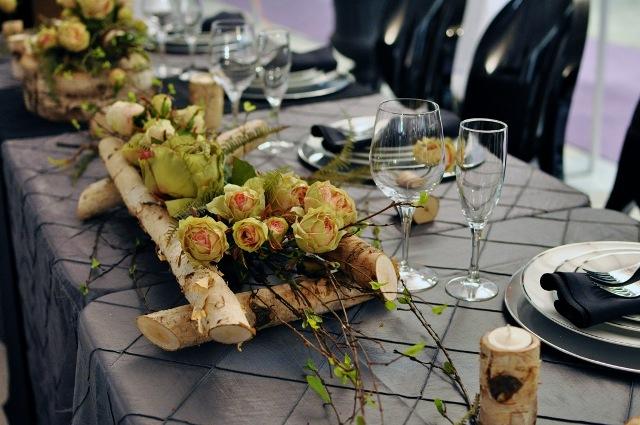 Деревянная свадьба праздничный стол