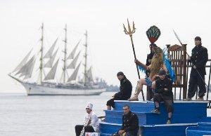 День Нептуна традиции
