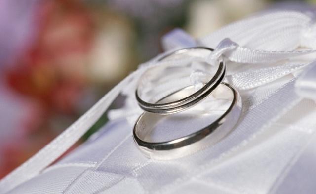 Стальные кольца на свадьбу