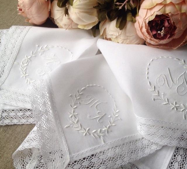 Свадебные подарки носовые платки