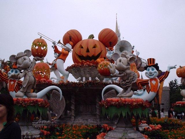 Аттракционы на Хэллоуин