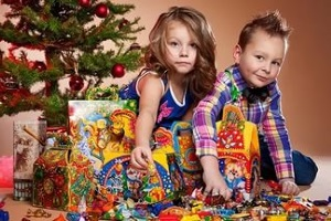 Сладкие подарки детям сотрудников на Новый Год