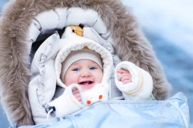 Девочки, рожденные в феврале: имена, именины, характер