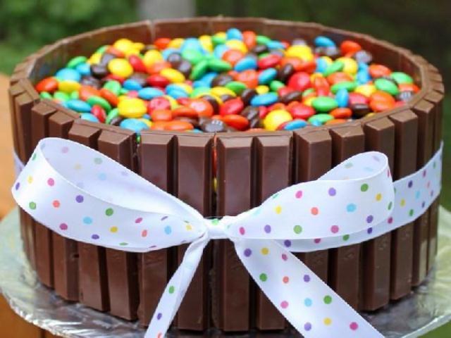 Конфетный торт