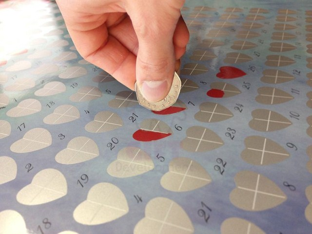 Любовный календарь со скрейтч слоем