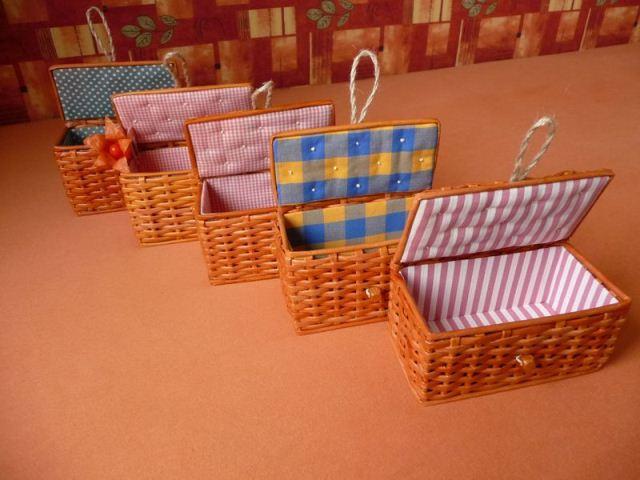Плетеная коробочка для денег