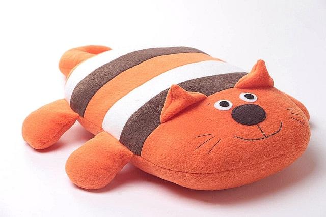 Смешная мягкая подушка